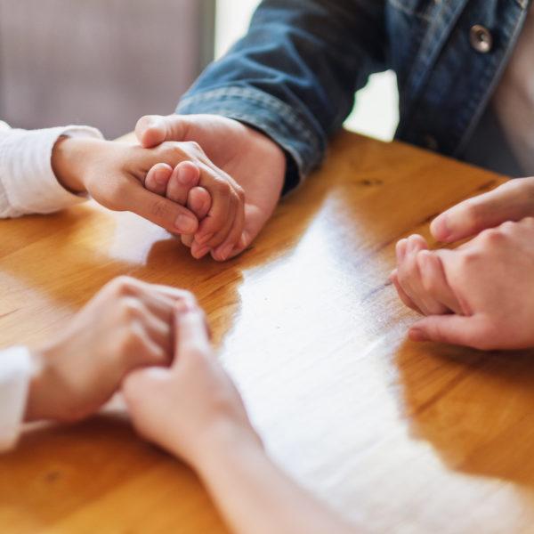 Empatía en la familia, empatía emocional, actividades y dinámicas de empatía con niños